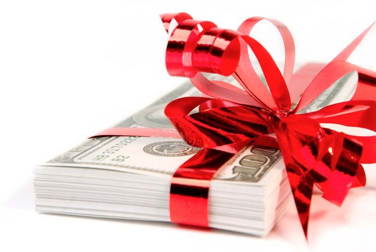 Какую сумму подарить имениннику на день рождения, чтобы не разочаровать его
