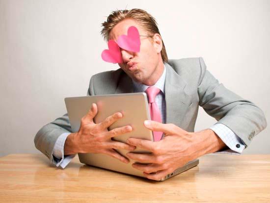 Как работают мошенники на сайтах знакомств