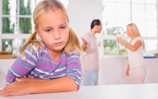 Что делать, если ребёнок ворует у родителей