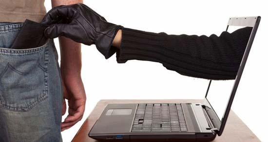 Как работают мошенники в интернете и как обезопасить себя от разводов на деньги