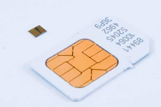 Со скольки лет в России можно купить SIM карту, а также о путях обхода стандартов и правил